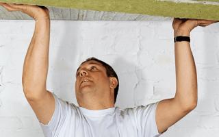 Утепление потолка изнутри: выбор материала и основные этапы работ